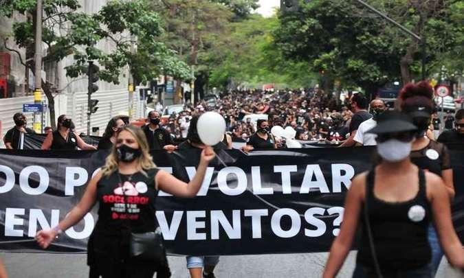 Protestantes clamam pela flexibilização do setor de eventos em BH