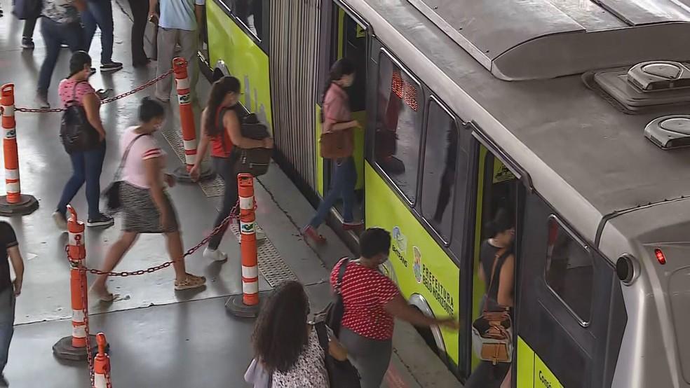 Passageiros de ônibus em Belo Horizonte cresce 83% desde início da pandemia